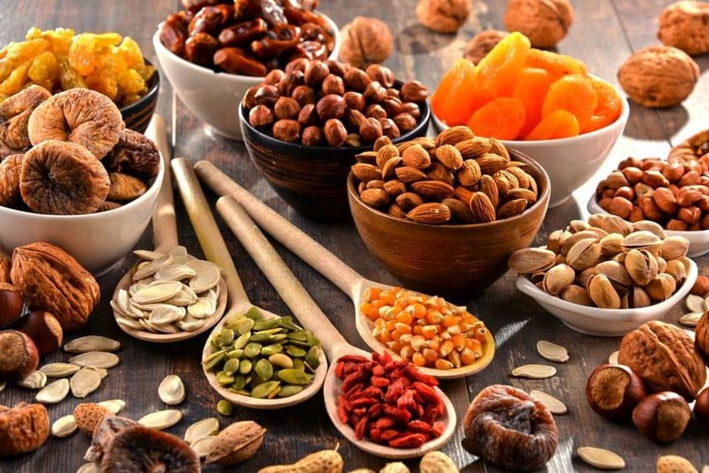 Mix di frutta secca e semi: lo snack da portare sempre dietro